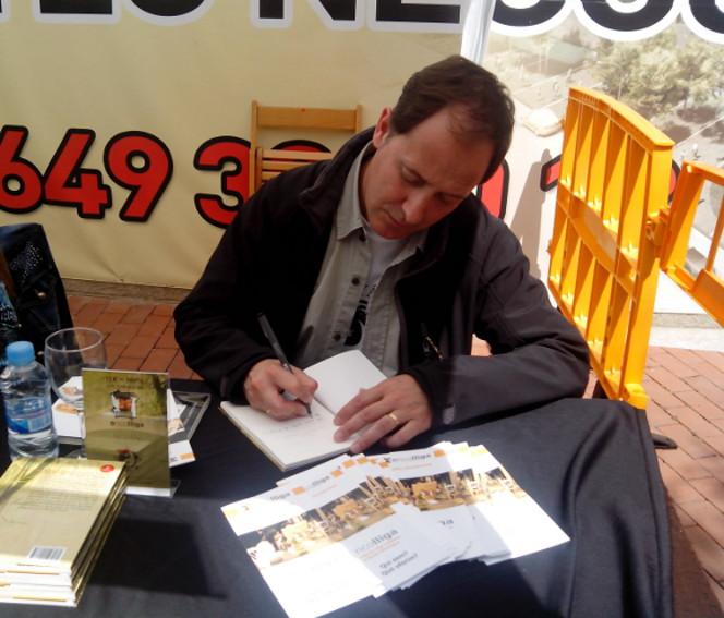 Francesc Sanchez_signant